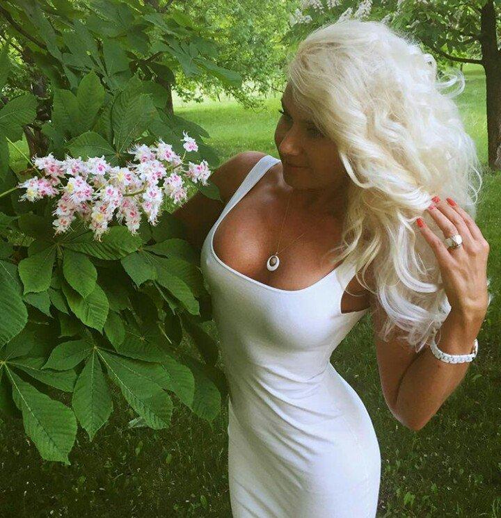 Всемирный день блондинок 31 мая