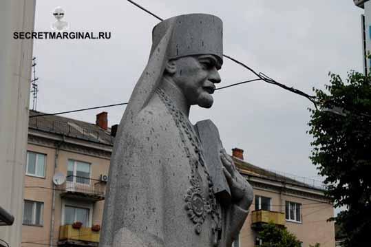 Памятники Ленину на Украине
